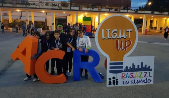 Light Up! – Ragazzi in Sinodo
